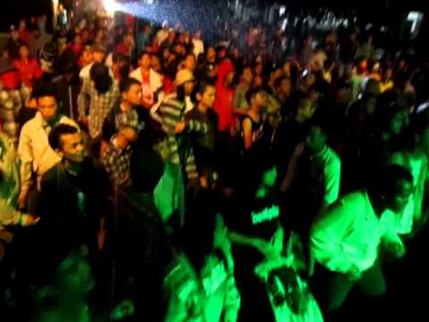 Rudies Melancong - Benci Tapi Rindu  @Unur