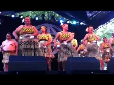Patea Maori Club Poi E