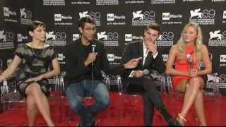 ZAC EFRON - At Any Price photocall Interview via @ZEfronFR #AtAnyPrice