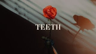 5SOS - Teeth (Lyrics)
