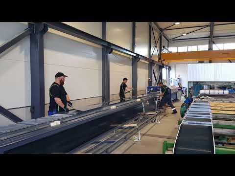 Virte Solar installing modules on standing seam metal panels