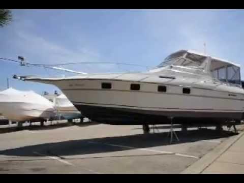 1990 Cruisers 3370 Esprit Sold
