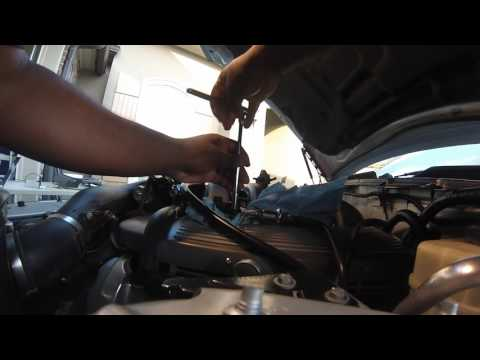2005 Ford Mustang GT Fuel Pressure Sensor Replacement - YouTube