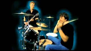 Queens of the Stone Age- No One Knows- Drumless