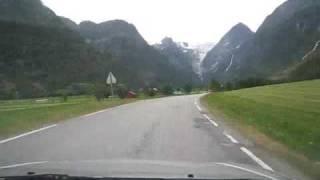 Ritje richting Briksdalbreen