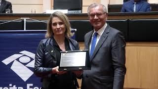 Receita Federal recebe homenagem do Parlamento