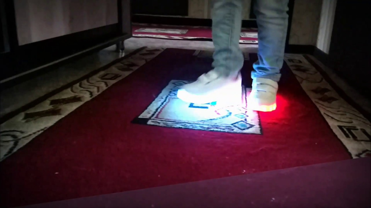 MOD - кроссовки со светящейся подошвой (обувь LED подошва) - YouTube