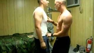 Американские солдаты в Ираке отжигают(Имитация сексуального танца под музыку «Barbie Girl». Очень смешная пародия., 2011-09-18T12:06:42.000Z)