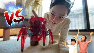 배틀로봇 출동! 장난감 로봇들의 대결투! 로봇 거미와 …