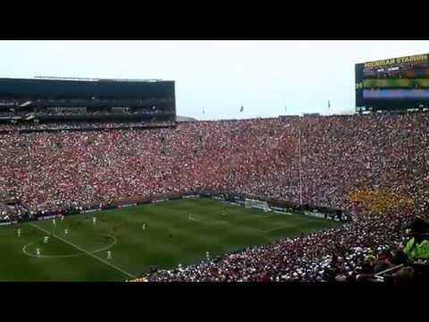 Real Madrid vs Man U @ Michigan Stadium | The Wave