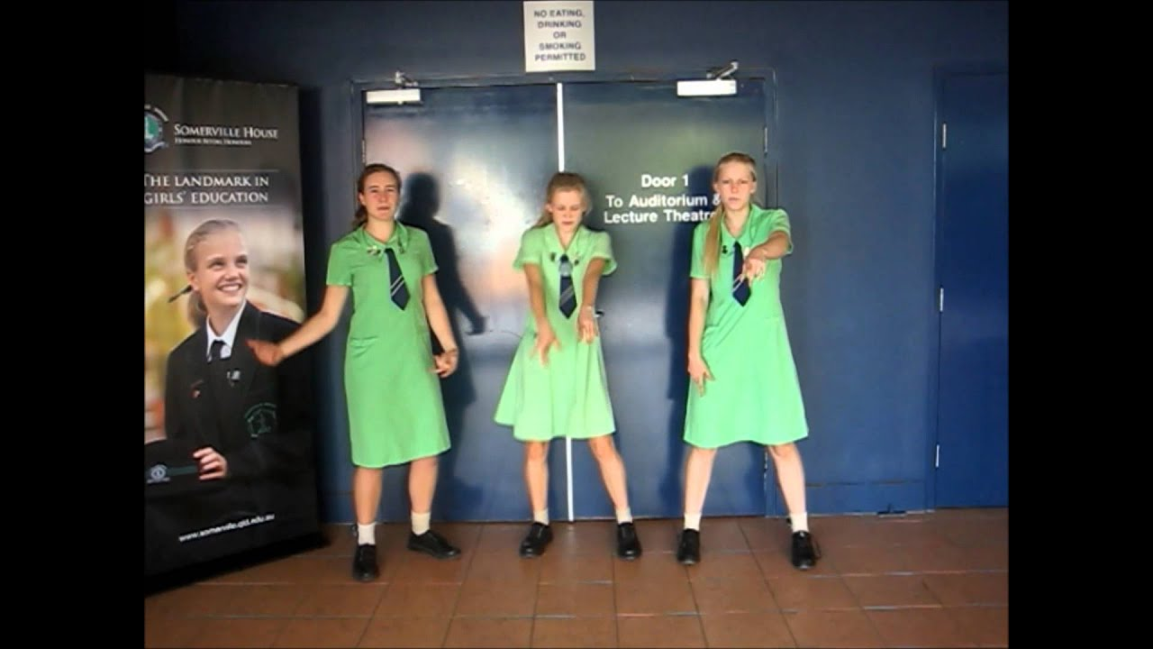 'Somie Style' - Year 12 Captains farewell Somerville House ...