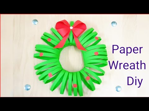 how-to-make-diy-paper-wreath-for-christmas,paper-decorations-for-christmas,wall-hanging.