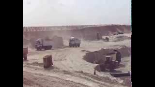 Suez Canal new: a scene in the dig October 1, 2014