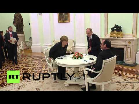 Thumbnail: Russia: Putin welcomes Merkel and Hollande to Moscow for Ukraine talks