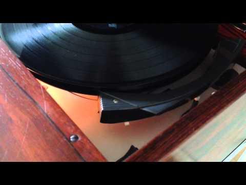 BLAUPUNKT Arizona Palisander DeLuxe, 1965 Audio-Möbel (Radio/LP/iPhone)  mit Plattenspieler PE 66