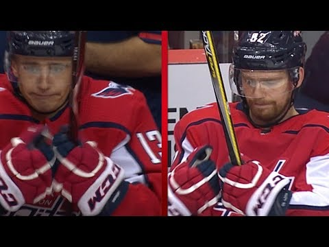 Brett Connolly leaves Jakub Vrana hanging