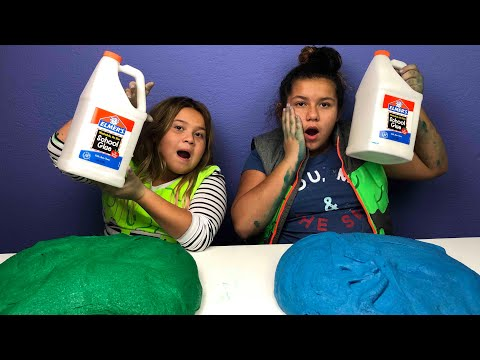 1 GALLON OF CLOUD SLIME VS 1 GALLON OF CLOUD SLIME -  MAKING GIANT SLIMES