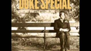 Watch Duke Special Regarding The Moonlight In Eastbourne video