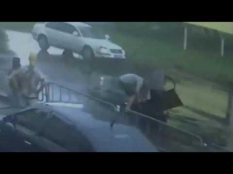 Аваковцы сбили 10-летнего мальчика (видео с камер наблюдения)