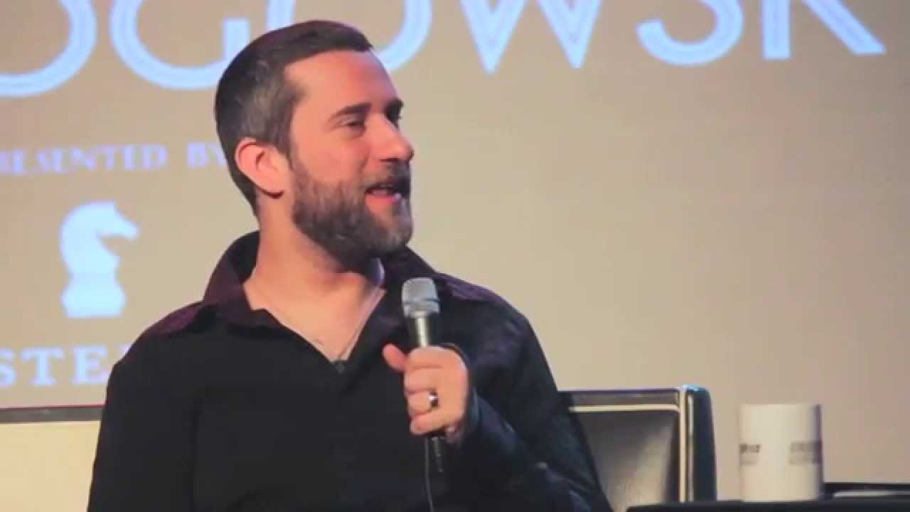 Dustin Diamond explains the methods to his madness (and Screech's voice)