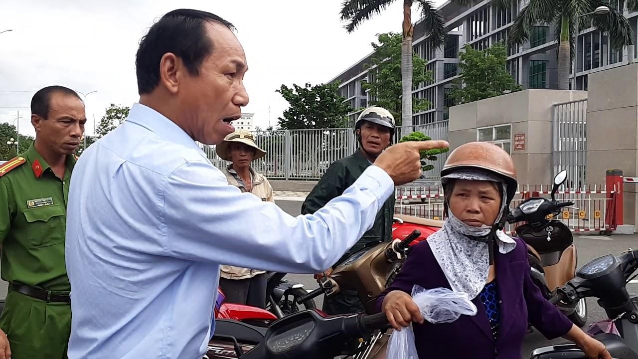 Dân Xuyên Mộc khiếu kiện đất đai tại tỉnh Ủy Bà Rịa – Vũng Tàu.