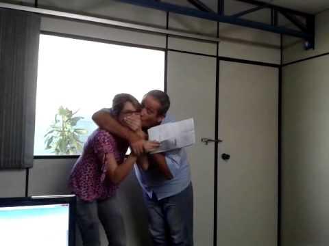 Download Alexandre dando beijinho na Bianca