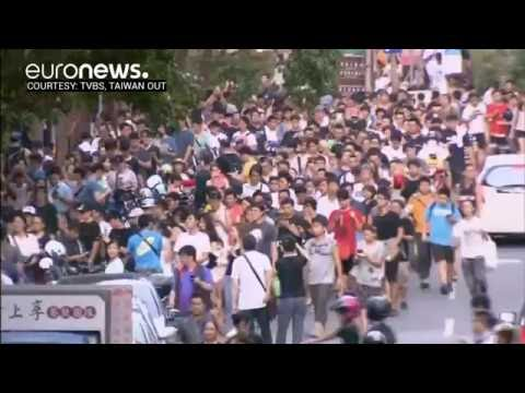 Pokemon Go causes stampede in Taipei, Taiwan