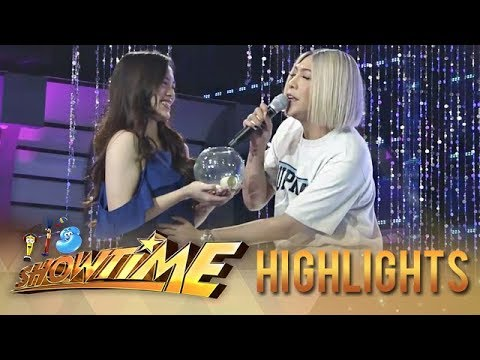 "It's Showtime Miss Q and A: Vice tries to heal ""Ate Girl"""