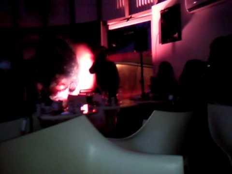 Ze Manel o Rei do karaoke Autocarrobar.mp4