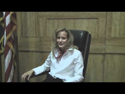 Lori Singer falls for the wrong kind of man in Law & Order: SVU