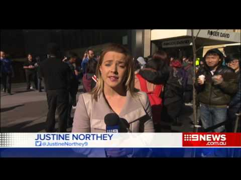 iPhone Launch | 9 News Adelaide