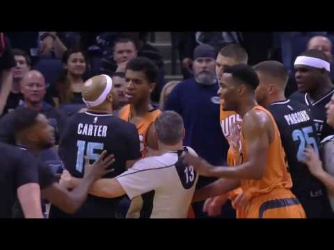 Vince Carter EJECTED for elbowing Devin Booker | Grizzlies vs Suns | 2/28/17