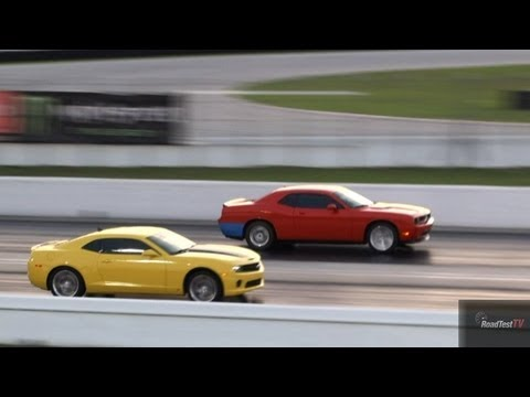 Challenger Srt 8 6 1 L Vs Camaro Ss 6 Speed Drag Race