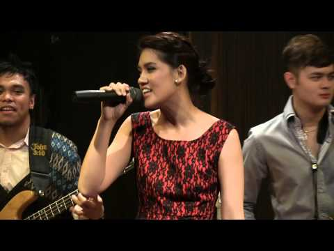 BLP ft. Monita Tahalea & Joey Alexander - Gita Sorga Bergema @ Mostly Jazz 23/12/12 [HD]