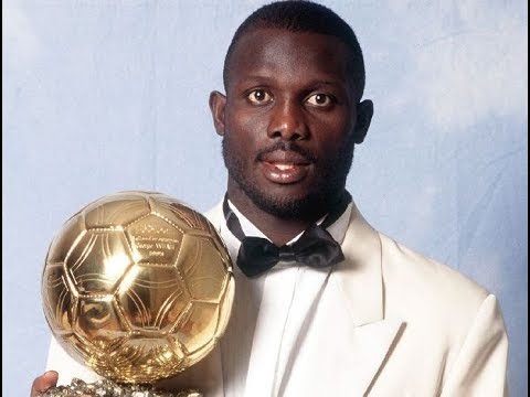 Former soccer star George Weah leads in Liberia poll
