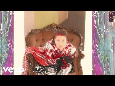 Little Dragon - Sweet (Music Video)