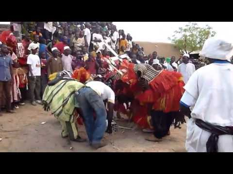 Dogon country : the funeral of Orssin Dolo at Ogol Ley (Tabda) Sangha April 2013
