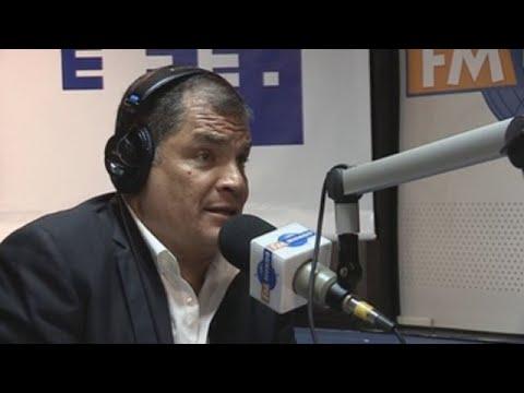 Correa dice que Ecuador empieza a dejar de ser una democracia