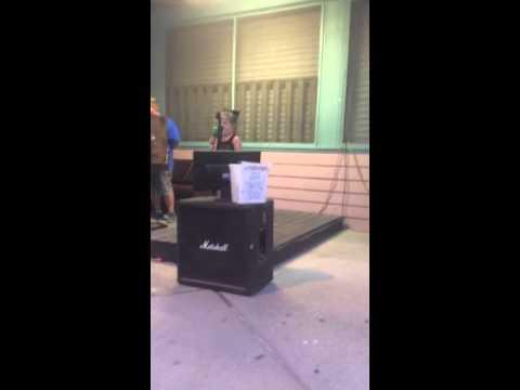 "Memphis Singing Karaoke ""Let it Go"""