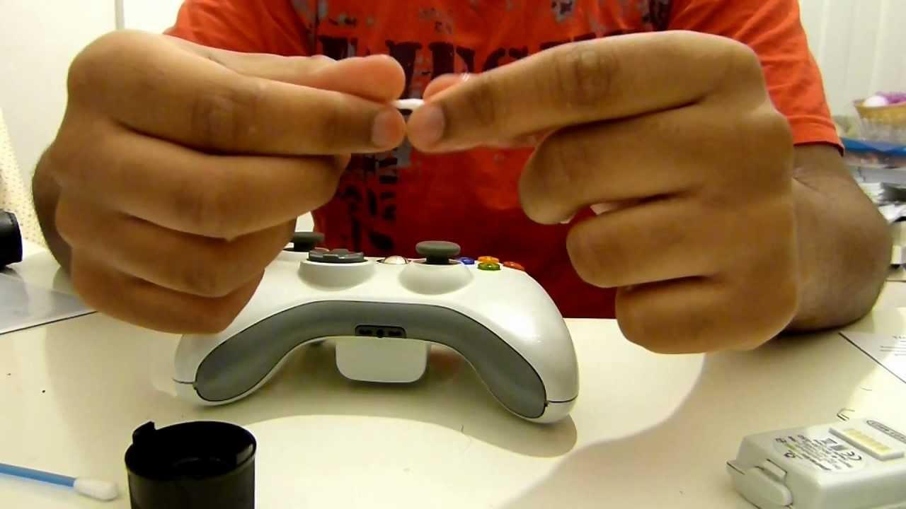 How to fix an xbox 360 controller's mic jack/port - YouTube