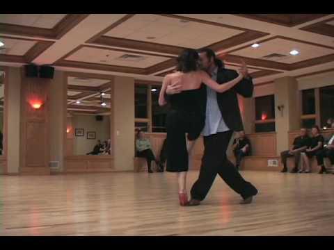 Nina Tatarowicz & Damian Thompson Tango.m4v