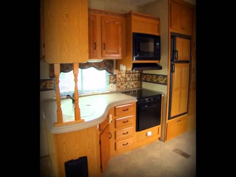 Used 2007 Keystone Montana 3475RL fifth wheel RV camper