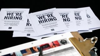 employers add 211 000 jobs in april
