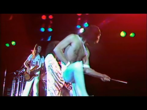 QUEEN - Live At Hyde Park 1976 Best Quality Takes