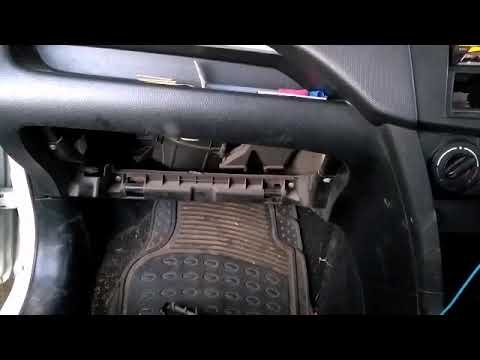 AC air filter cleaning of Swift how to change AC cabin filter Swift.AC flow problem