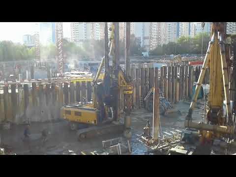 BAUER BG 28 H на строительстве ЖК DISCOVERY в Ховрино