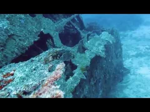 Scuba diving the USS Tucker in Espiritu Santo, Vanuatu