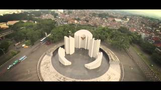 Video Syma X8C with Xiaomi Yi Camera - Flight at Bandung, Indonesia download MP3, 3GP, MP4, WEBM, AVI, FLV Agustus 2018
