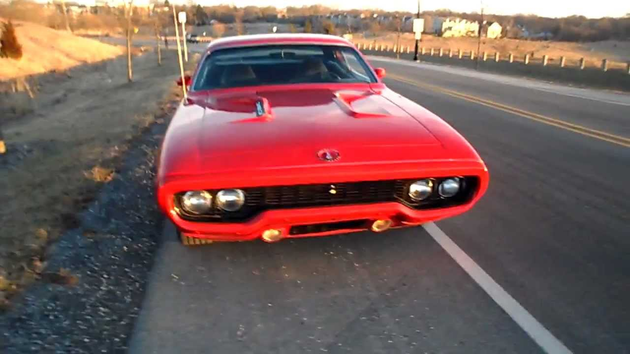 1971 RoadRunner 383- American Muscle Cars-- Palatine, IL - YouTube