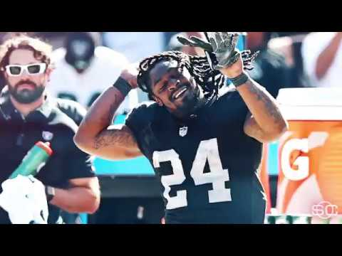 Marshawn Lynch is Dancing Oakland after Defeating the Jets!